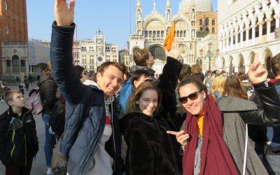Kulturni praznik v pustnih Benetkah